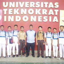 Seminar Teknologi Informasi di Universitas Teknokrat Indonesia