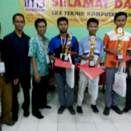Juara 2 LKS SMK Network System Administration 2017