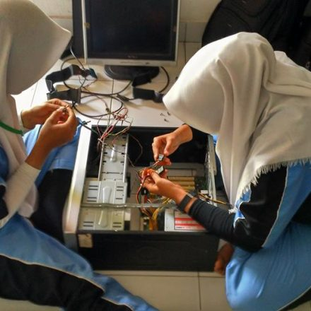 Tugas Akhir Prog. Keahlian TKJ di SMP/MTs MA Da'arul Ma'arif