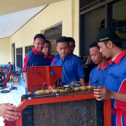 Praktek Tune Up Mesin