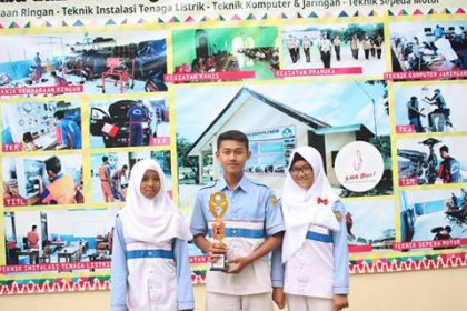 Juara 2 Kompetisi Cerdas Cermat Komputer IBI Darmajaya Lampung