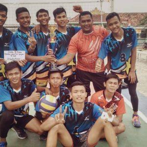 Juara 2 Kejuaraan Bola Voli Putra